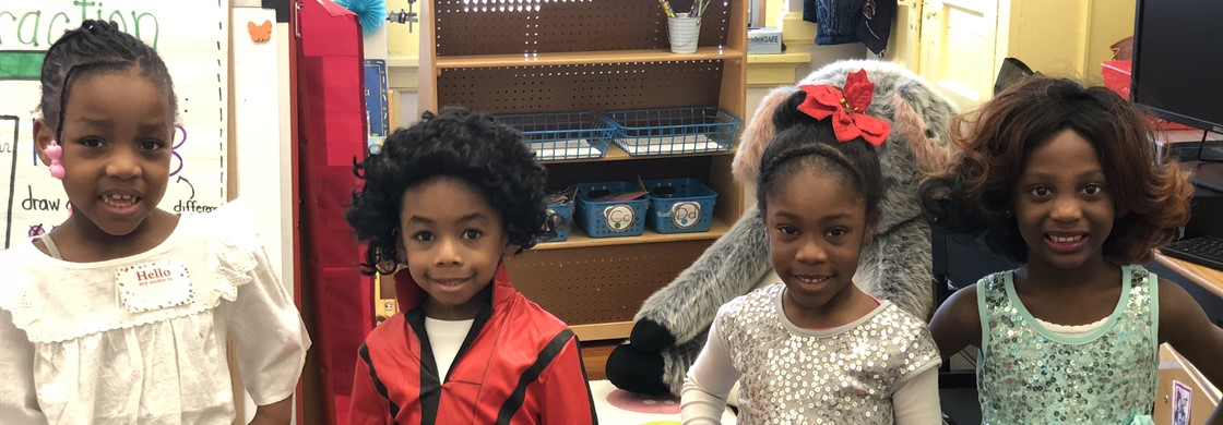 Students in Mrs. Lockyer & Ms. Muhammad's class dressed as a famous African American to culminate our Black History Month celebration.